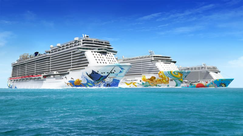 A Closer Look at the Hull Art on Norwegian Cruise Line México Ships